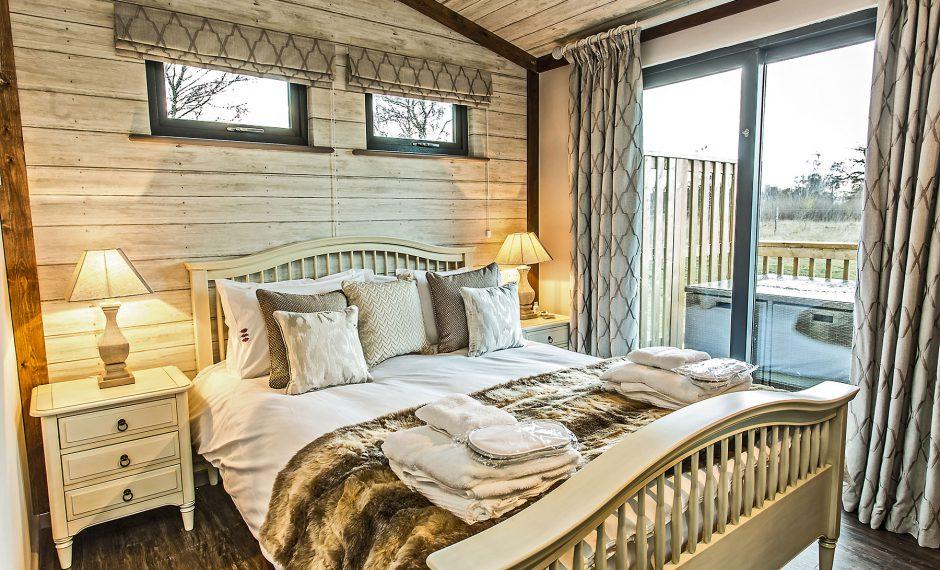 Sherwood Hideaway Lodge Bedroom