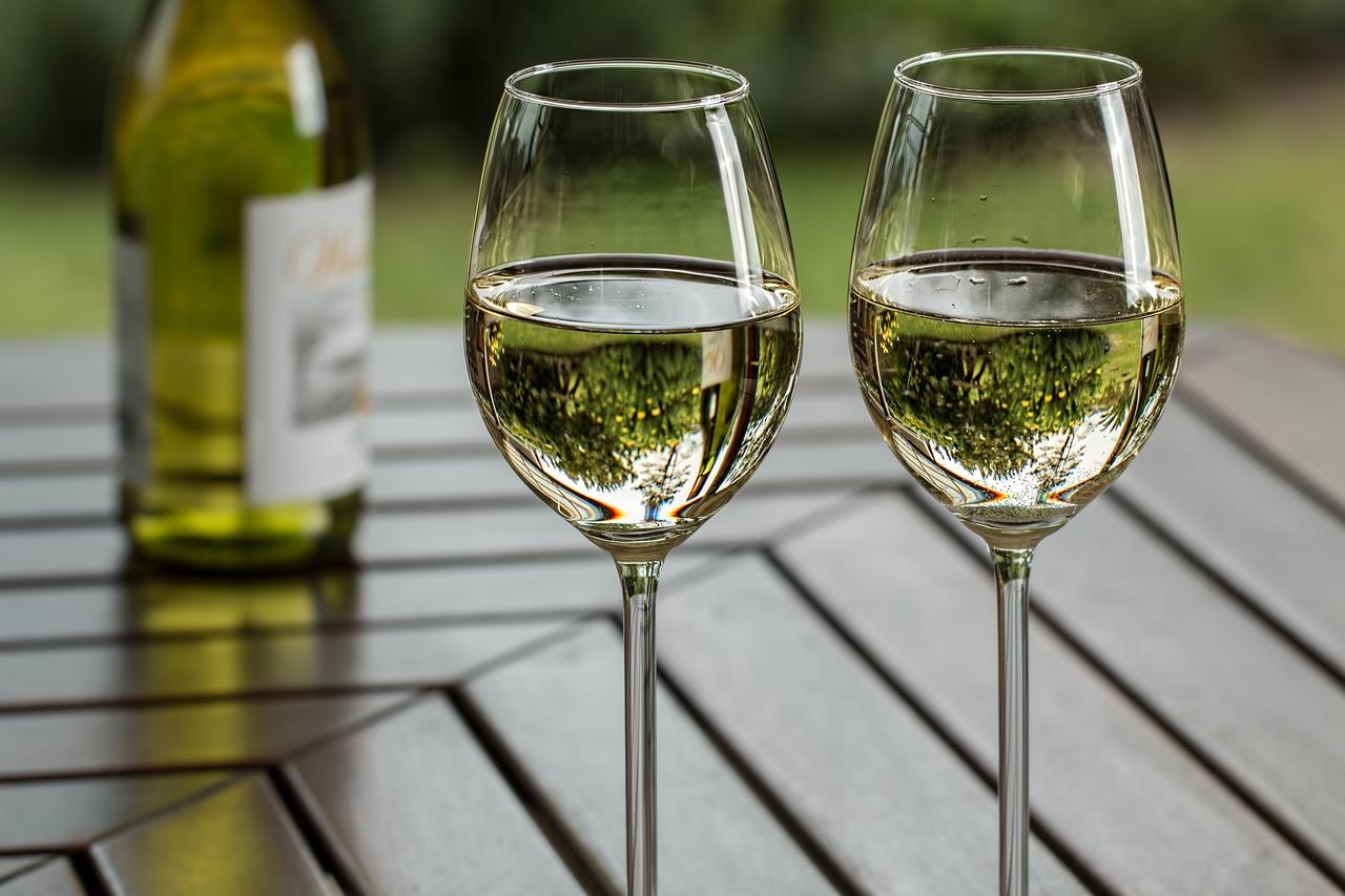 wine al fresco