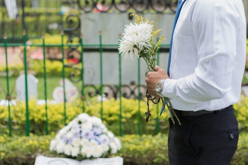 coronavirus and funerals
