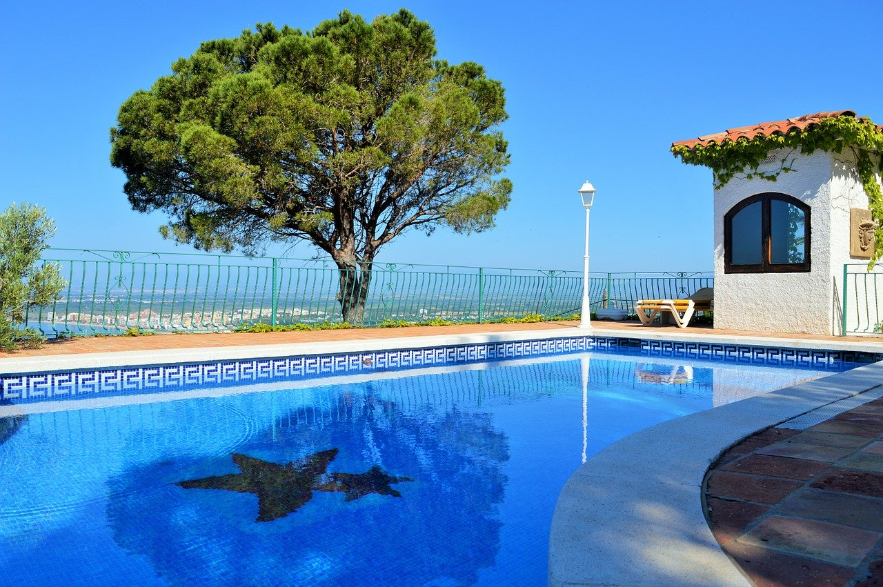 Spanish Property pool